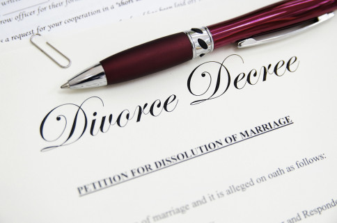 the case for fault based divorce In these cases the guilty spouse was punished by getting a smaller share of the  couple's property or being denied custody  q: what is a fault-based divorce.